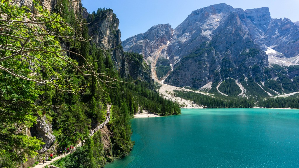 Lago di Braies / Pragser Wildsee, Italy
